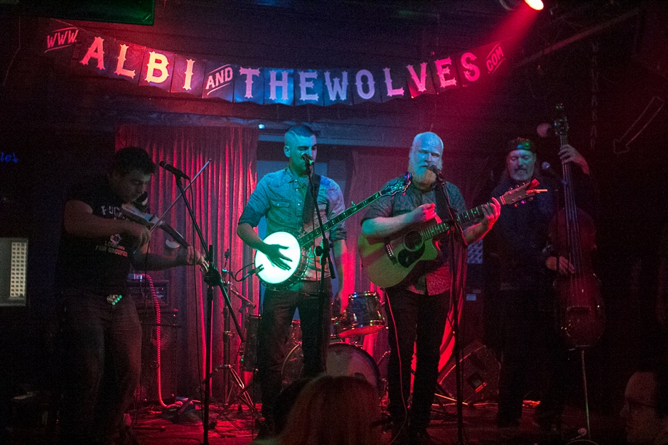 Albi and The Wolves