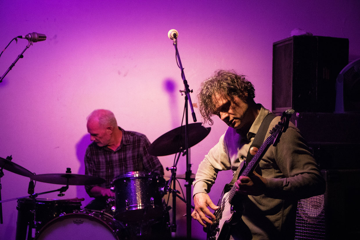 Jonathan Crayfords Meteor and Spanner Double Show