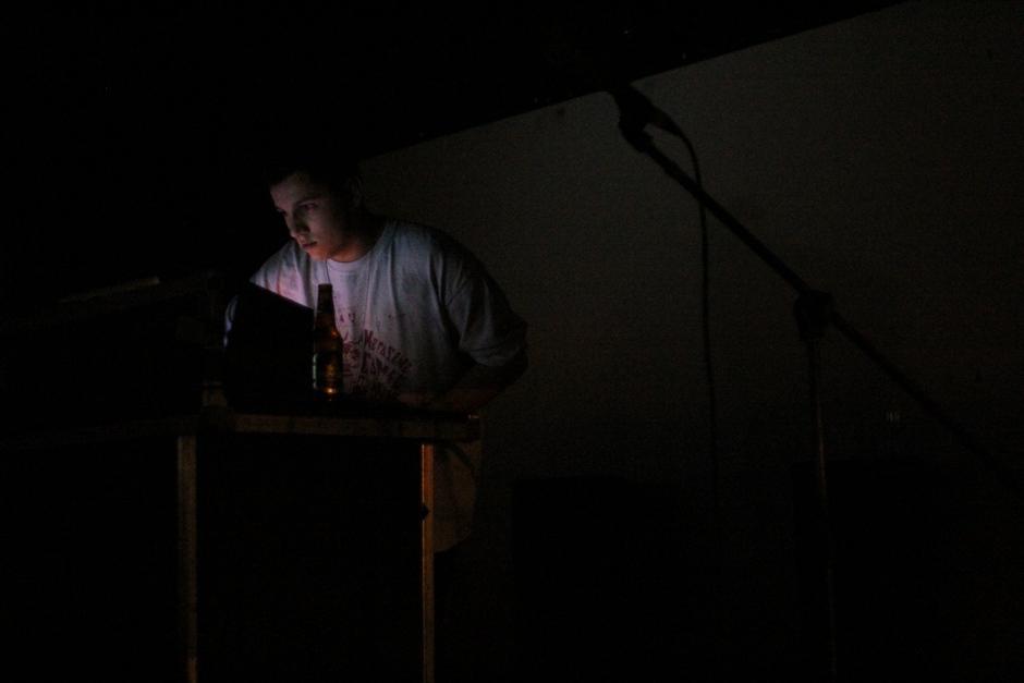 <div class='info-header'>Photographer</div> <a href='/utr/photographer/Joon-Yang'>Joon Yang</a>