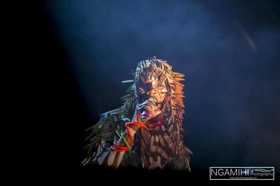 <div class='info-header'>Photographer</div> <a href='/utr/photographer/Ngamihi-Pawa'>Ngamihi Pawa</a>